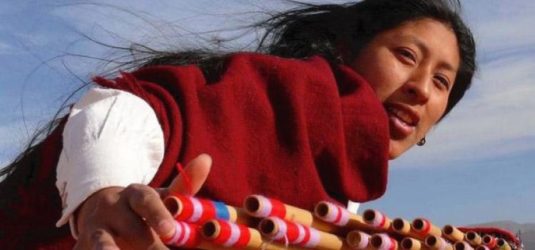 Quena, un instrumento de las culturas norteñas.