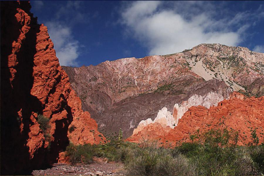 Quebrada de las Señoritas en Uquía en la Quebrada de Humahuaca, provincia de Jujuy, Argentina