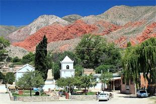 Iglesia de Uquía en la Quebrada de Humahuaca, provincia de Jujuy, Argentina